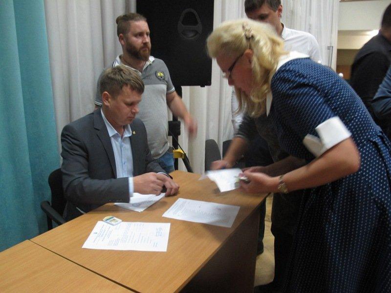 Кадрове питання на сесії Бориспільської міської ради: Бориса Шапіро – відкликали, Ігоря Левітаса - замінили, а Ярослава Годунка - помилували