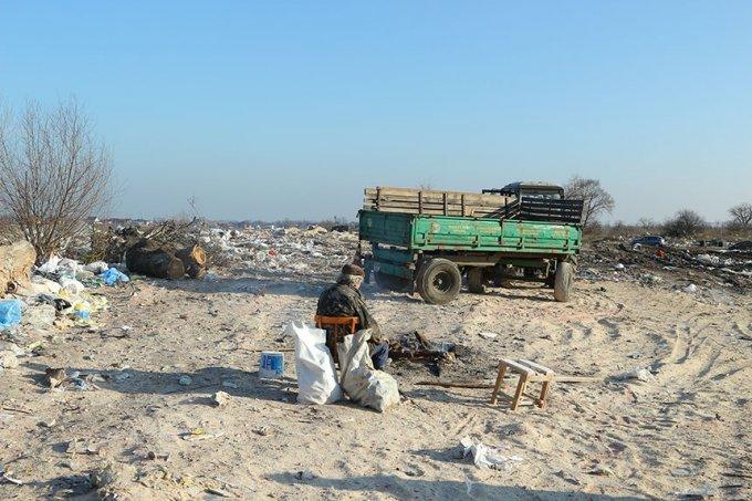 Величезне стихійне сміттєзвалище поблизу Борисполя може стати полігоном (фото)