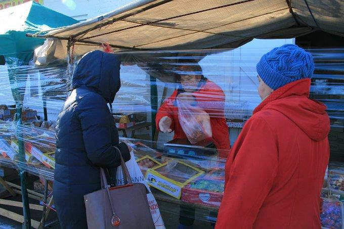 Як працюватиме ринок на вул. Луговій в умовах карантину (фото)
