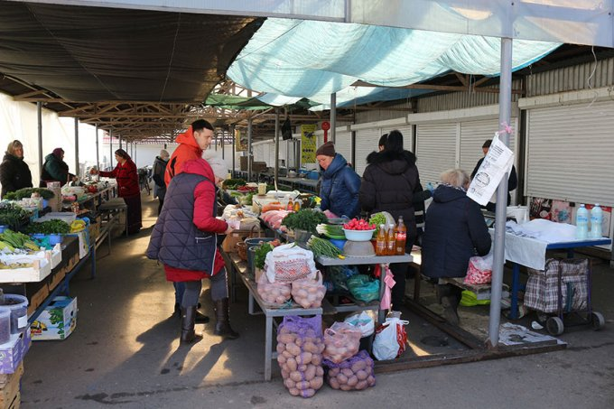 Бориспіль у новій реальності: чи діють жорсткі карантинні заходи і хто порушує (фото)