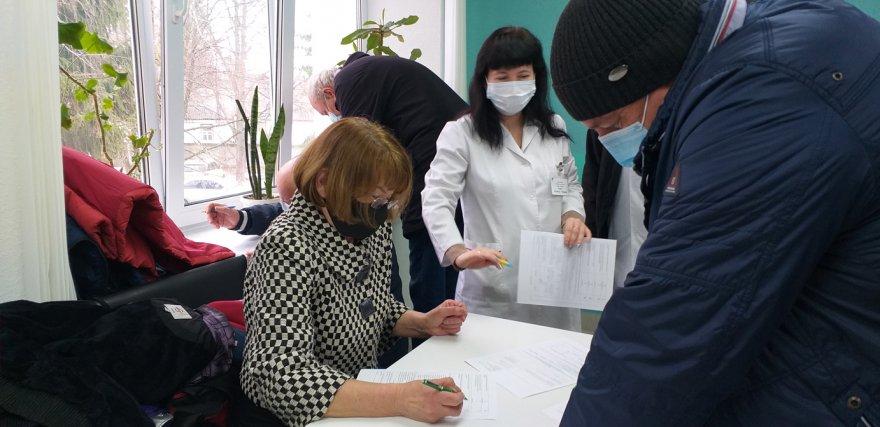 У Борисполі триває третій етап першої хвилі вакцинації проти COVID-19