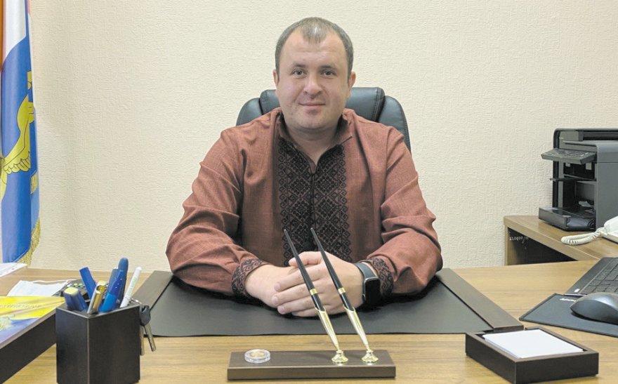 Бориспільська районна рада:  обов'язки є, а законодавчого фундаменту немає